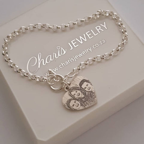 GT5 - 925 Sterling Silver Personalized Engraved Heart Photo Bracelet