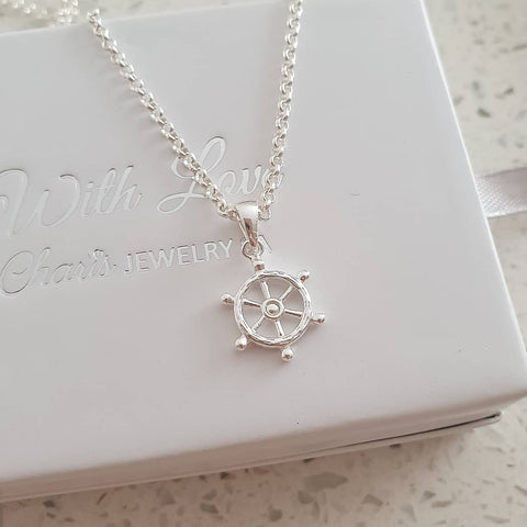 C36747 - 925 Sterling Silver Ship's Wheel Rudder Necklace