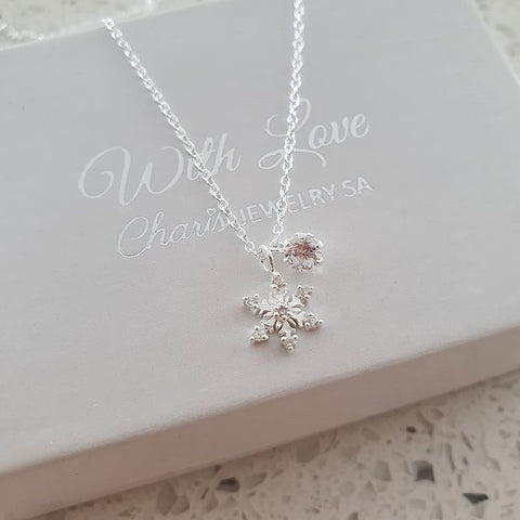 A73-C36837 - 925 Sterling Silver Snowflake Necklace