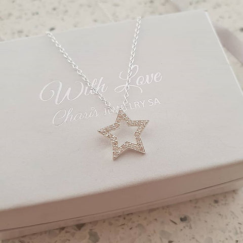 C949-C23786 - 925 Sterling Silver Star necklace