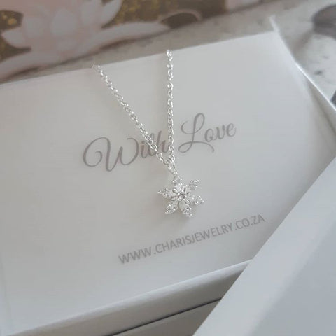 C590-C24660 - 925 Sterling Silver Snowflake Necklace