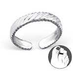 C107-C23479 - 925 Sterling Silver striped design toe ring, adjustable