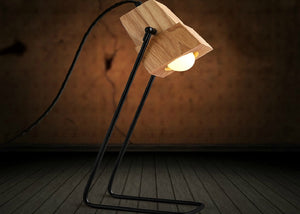 Zach Desk Lamp