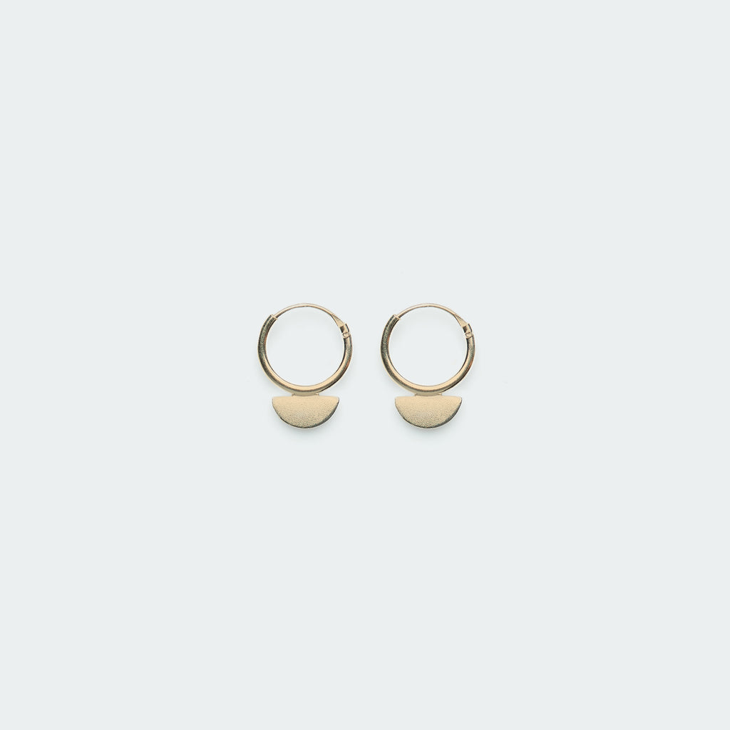 Scale earring gold