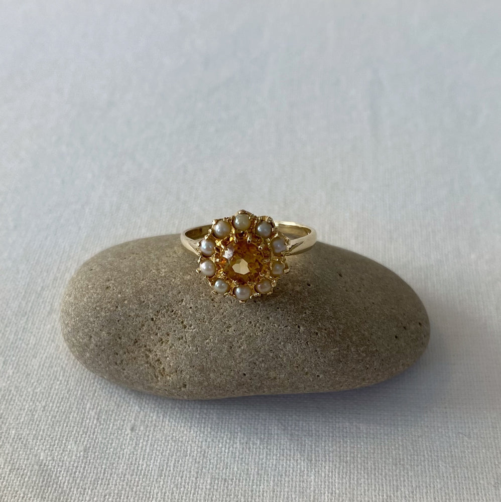Citrine and pearl cluster solid gold ring