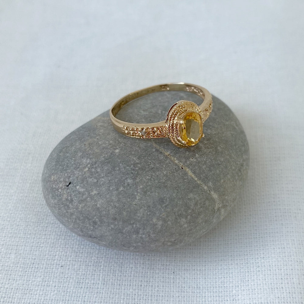 Load image into Gallery viewer, Citrine and diamonds solid gold ring