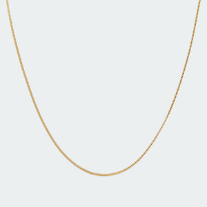 Basic curb chain necklace gold
