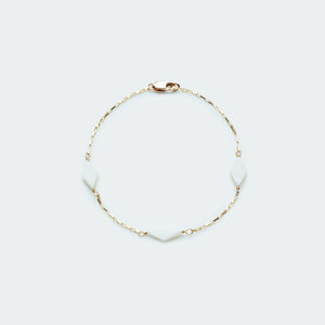 Load image into Gallery viewer, Mother of Pearl box chain bracelet gold