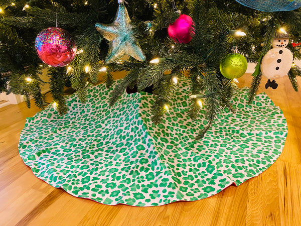 Christmas Tree Skirt-Kelly Green Leopard