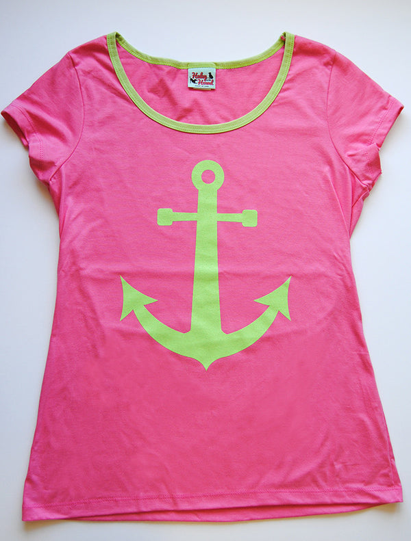 Amelia Tee in Hot Pink Anchor