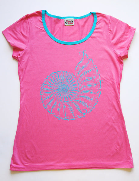 Amelia Tee in Hot Pink Nautilus
