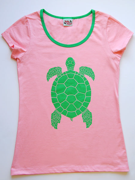 Amelia Tee in Light Pink Turtle