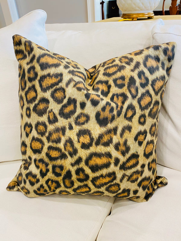 Throw Pillow Cover-Leopard