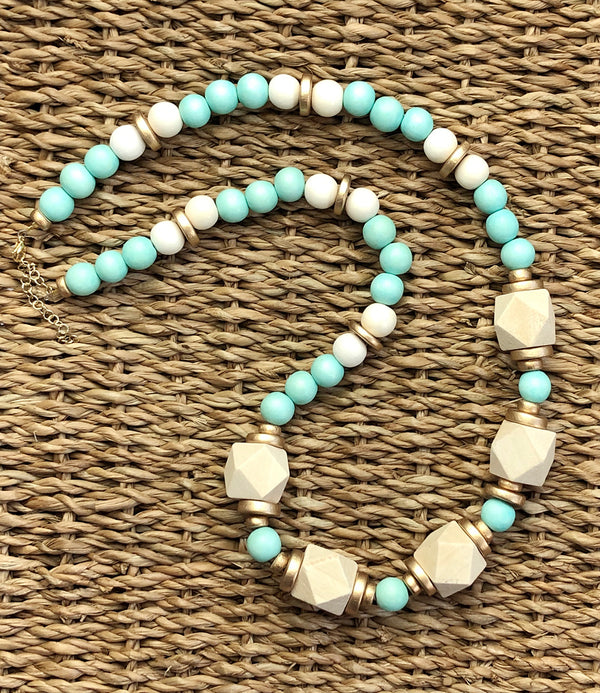Lyla Necklace in Mint
