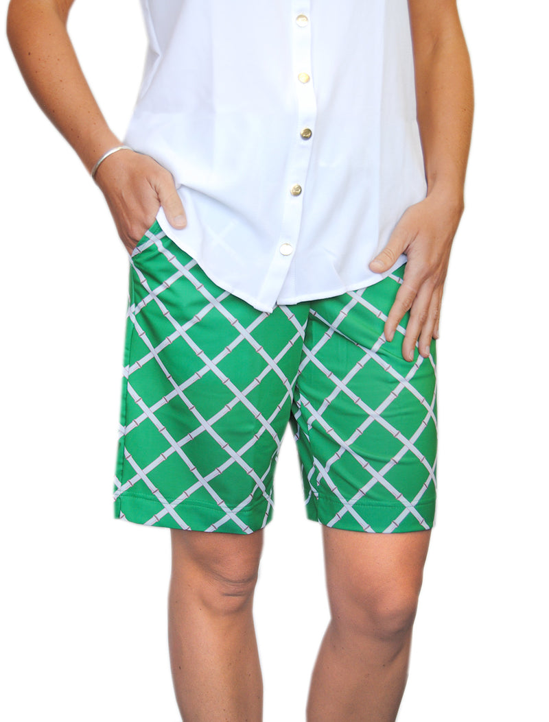 Pull-On Bermuda Shorts in Green Lattice