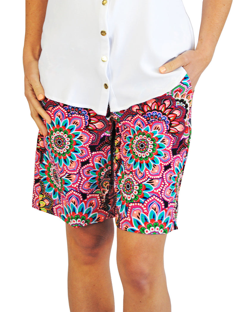 Pull-On Bermuda Shorts in Floral Multi