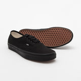Authentic - Black / Black - A Store