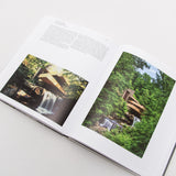 Elemental Living: Contemporary Houses in Nature - Book - Open page