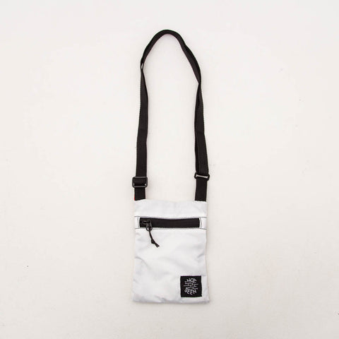 Cash Passport Bag - White - A Store