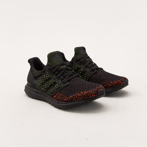UltraBOOST Clima - Core Black / Core Black / Solar Red