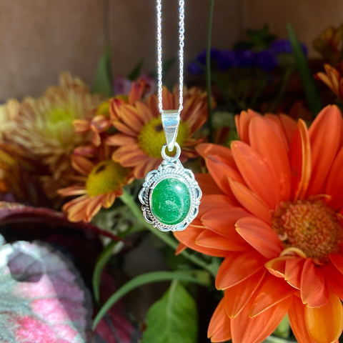 Everything_soulful_green_aventurine_silver_pendant