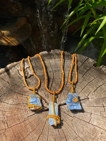 everything_soulful_kyanite_amulet