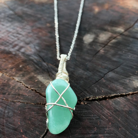 everything_soulful_green_aventurine_pendant