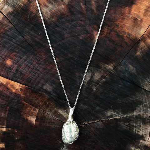 everything_soulful_pyrite_pendant