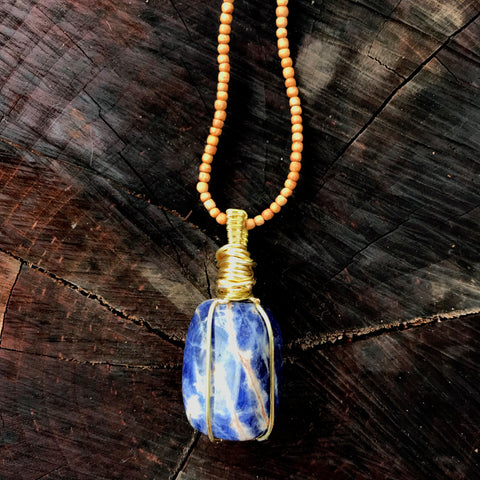 everything_soulful_sodalite_amulet