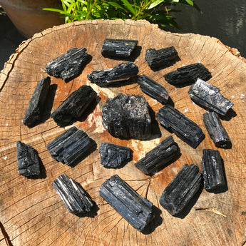Black Tourmaline: Protection and Grounding