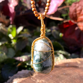 Mother Earth Amulet: Tree Agate Sandalwood Necklace