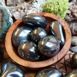 Grounding and Protection: Hematite (Tumbled)
