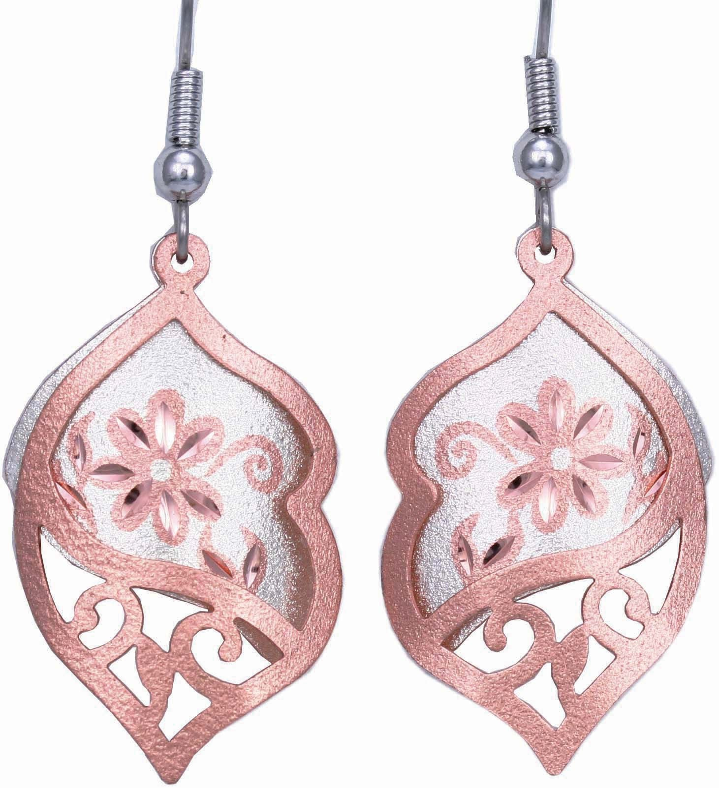 Floral design Filigree Earrings