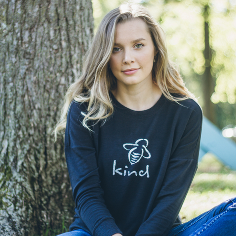 Bee Kind Sweatshirt - Charcoal - BeeAttitudes