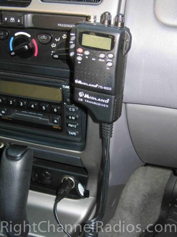 Midland 75-822 installed in Vehicle