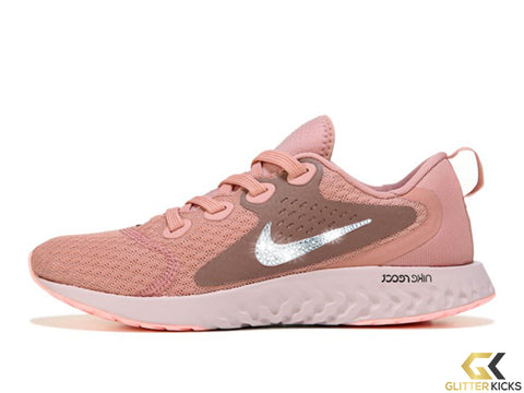 Nike Legend React + Crystals - Rust Pink