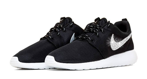 promo code 7b0f1 bfd97 black and white roshes