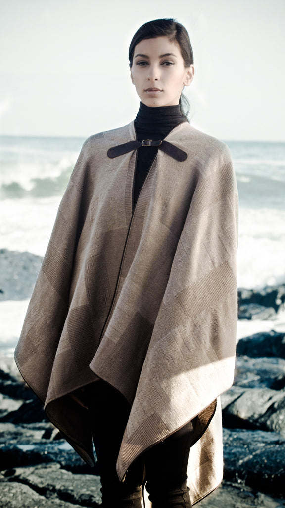 Beige Checked Cape With Leather Buckle