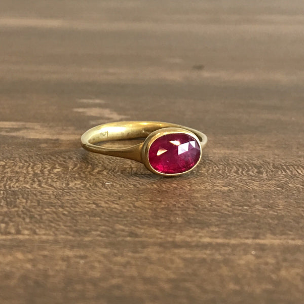 Lola Brooks 18k Gold and Ruby Ring