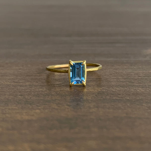 Rosanne Pugliese Aquamarine Baguette Mini Gem ring