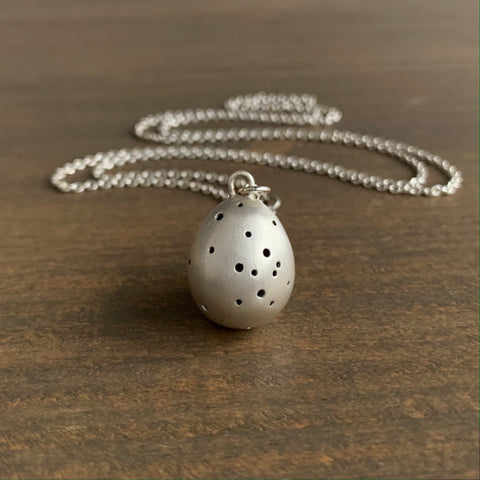 Hannah Blount Speckled Egg Necklace