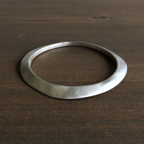 Judi Powers Medium Sterling Silver Montauk Bangle