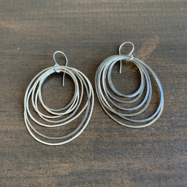 Heather Guidero Large Silver Circle Ripple Earrings
