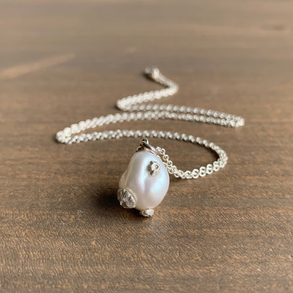 Hannah Blount Little White Baroque Pearl Necklace with Silver Barnacles