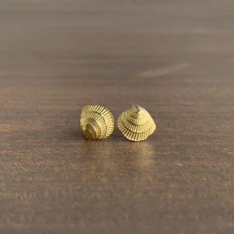 Mimi Favre Cross-Barred Venus Shell Stud Earrings