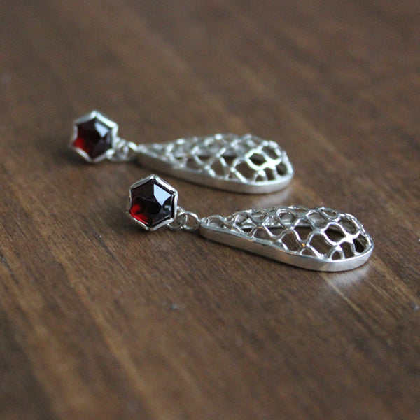 Aliyah Gold Hexagon Garnet Drop Earrings