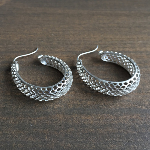 Rachel Atherley Small Oval Silver Snakeskin Hoops