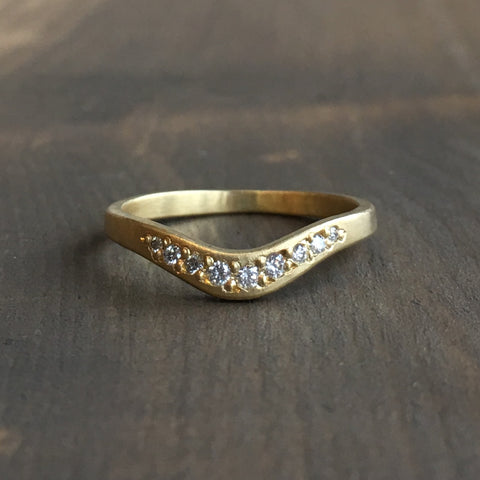 Sarah Swell Arch Diamond Wedding Band