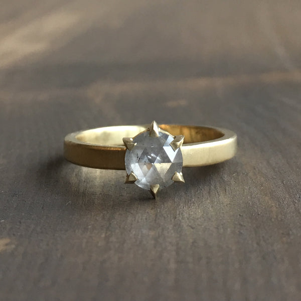 Sarah Swell Hera Round Light Grey Diamond Engagement Ring
