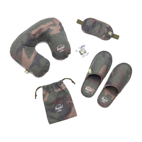 Herschel Supply Co. Travel Accessories - Amenity Kit - Woodland Camo